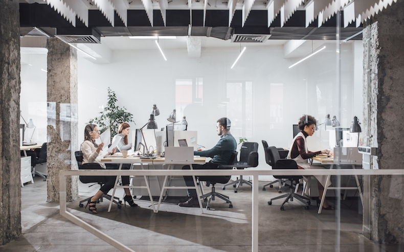 TOP 5 REASONS FOR MOVING YOUR BUSINESS TO A COWORKING SPACE